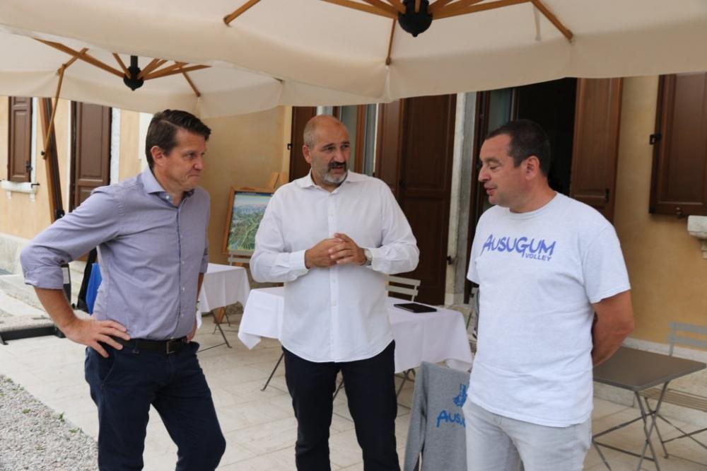 Il Presidente, il Vice Sindaco di Borgo Valsugana, Luca Bettega e un Segnapunti del GS Ausugum, Ragucci
